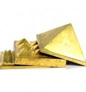 Spatik Astadhatu Pyramid